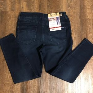 NWT Seven7  jeggings